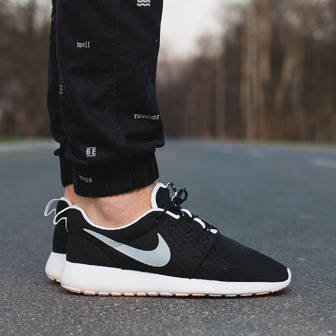 Men's Shoes sneakers Nike Roshe One Breeze 718552 012