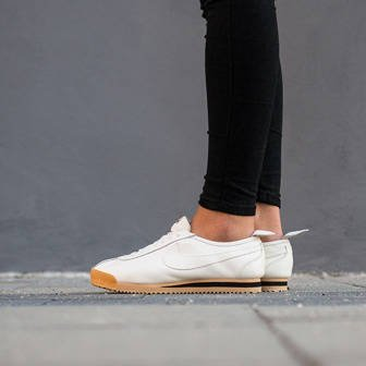 Women's Shoes sneakers Nike Cortez '72 847126 100