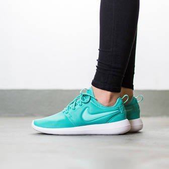 Women's Shoes sneakers Nike Roshe Two 844931 301
