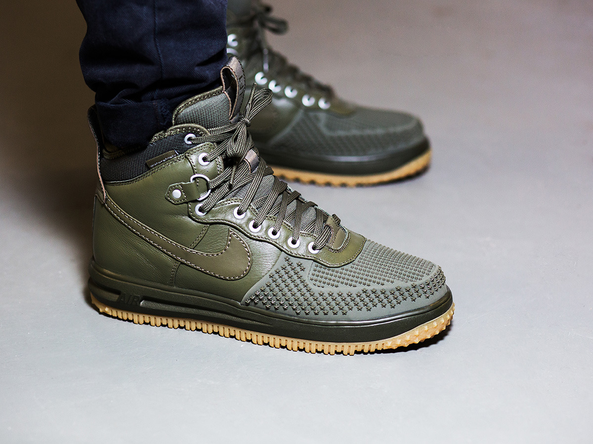 men 39 s shoes sneakers nike lunar force 1 duckboot medium. Black Bedroom Furniture Sets. Home Design Ideas