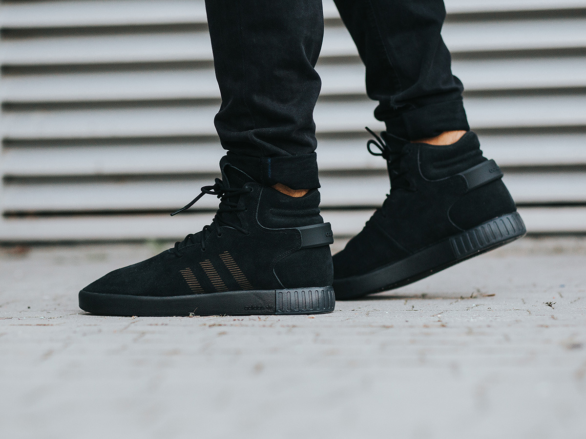 adidas original tubular invader