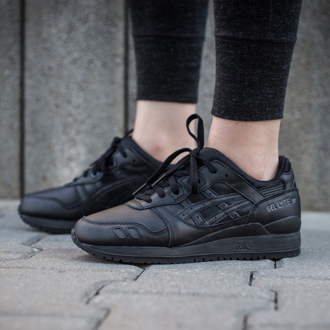 sneaker shoes asics gel lyte iii black white pack h534l 9090 best shoes sneakerstudio. Black Bedroom Furniture Sets. Home Design Ideas