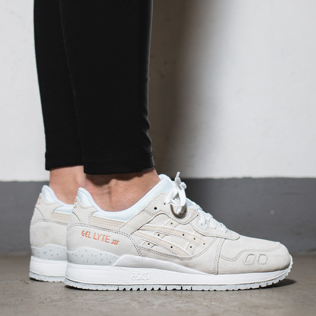 women 39 s shoes sneakers asics gel lyte iii rose gold pack h624l 9999 best shoes sneakerstudio. Black Bedroom Furniture Sets. Home Design Ideas