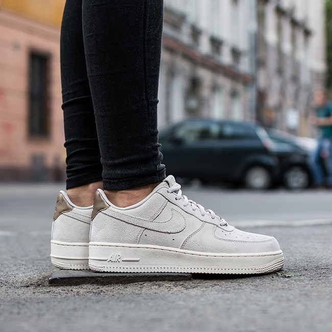 women 39 s shoes sneakers nike air force 1 39 07 premium suede. Black Bedroom Furniture Sets. Home Design Ideas