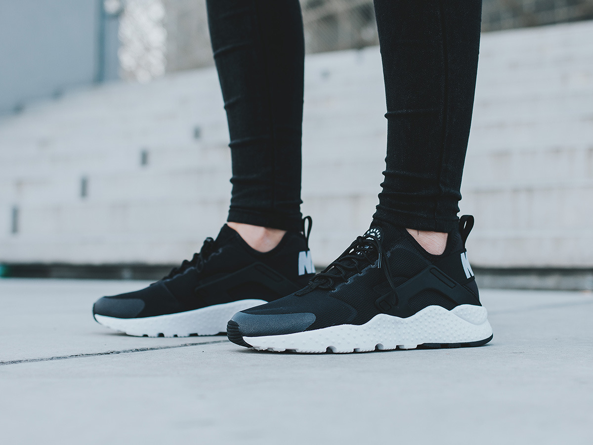 women 39 s shoes sneakers nike air huarache run ultra 819151. Black Bedroom Furniture Sets. Home Design Ideas