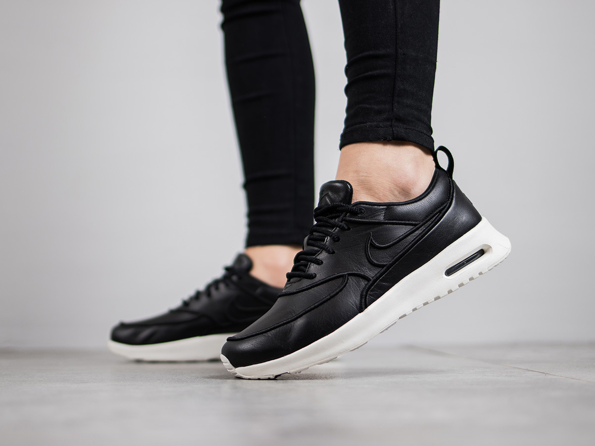 women 39 s shoes sneakers nike air max thea ultra si 881119. Black Bedroom Furniture Sets. Home Design Ideas