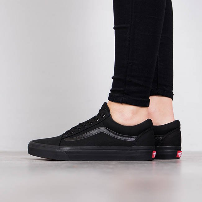 women 39 s shoes sneakers vans old skool d3hbka best shoes sneakerstudio. Black Bedroom Furniture Sets. Home Design Ideas