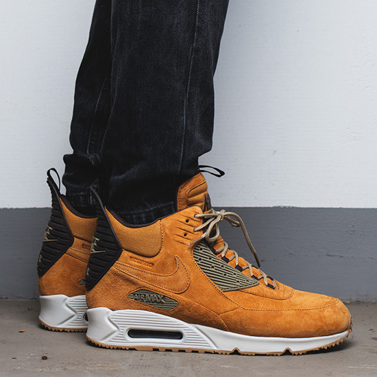 Nike Air Max 90 Sneakerboot Winter Suede Wheat Black 684714-017 ... 72def9e8a059